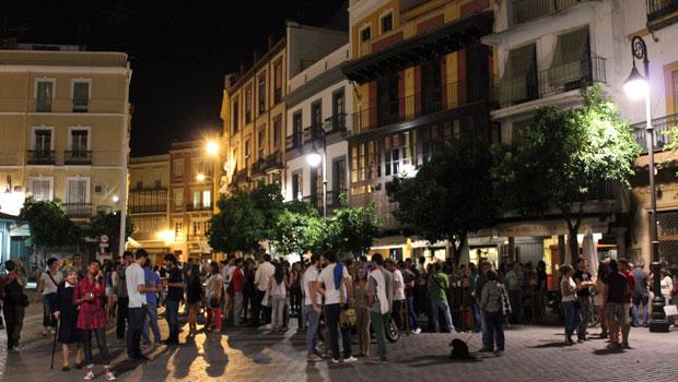 place del Salvadore la nuit Seville