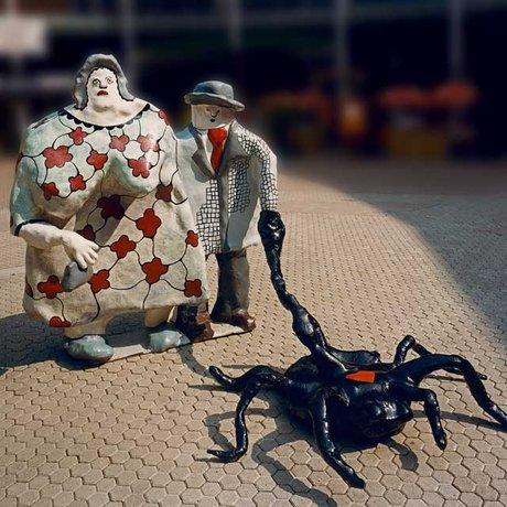 Niki de Saint de Phalle Mère dévorante père prédateur