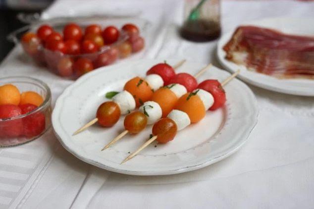 Comment rendre un ap ro 100 healthy trucs de nana - Brochettes apero dinatoire ...