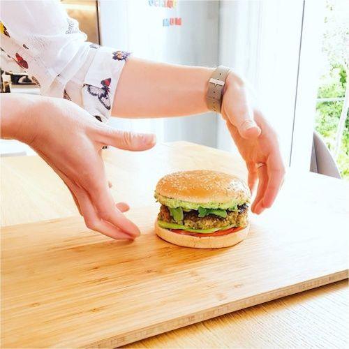 recette burger vegan par lucile woodward trucs de nana. Black Bedroom Furniture Sets. Home Design Ideas