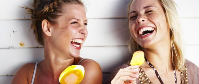Comment viter de rigoler tout le temps en cours trucs de nana - Le truc de la femme coupee en deux ...