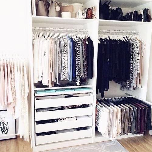 trucs et astuces pour optimiser le rangement dans son armoire trucs de nana. Black Bedroom Furniture Sets. Home Design Ideas