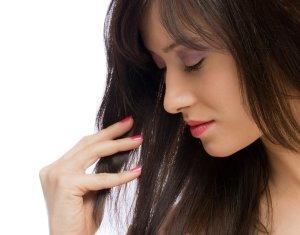 Comment avoir les cheveux longs sans fourches