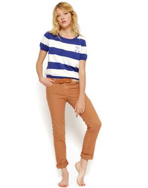 Quelle couleur de jean choisir pour aller avec des hauts de couleur bleu trucs de nana - Quelle couleur avec pantalon bleu marine ...