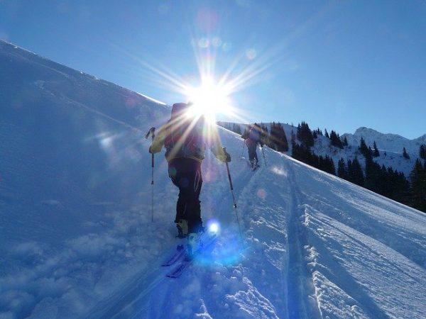 ski-randonnée-sport-hiver