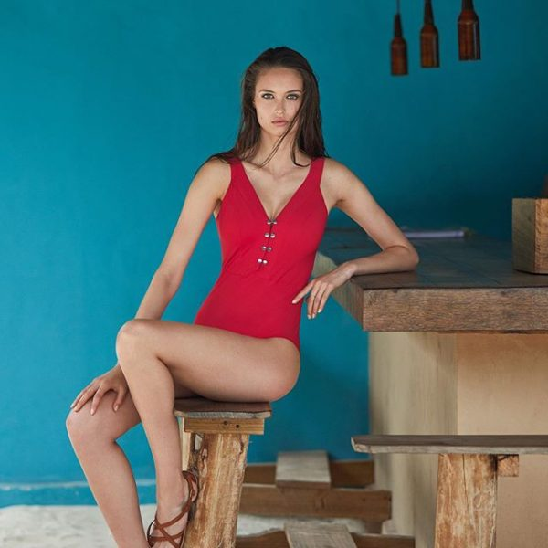 Maillot-rouge-choix-carnation